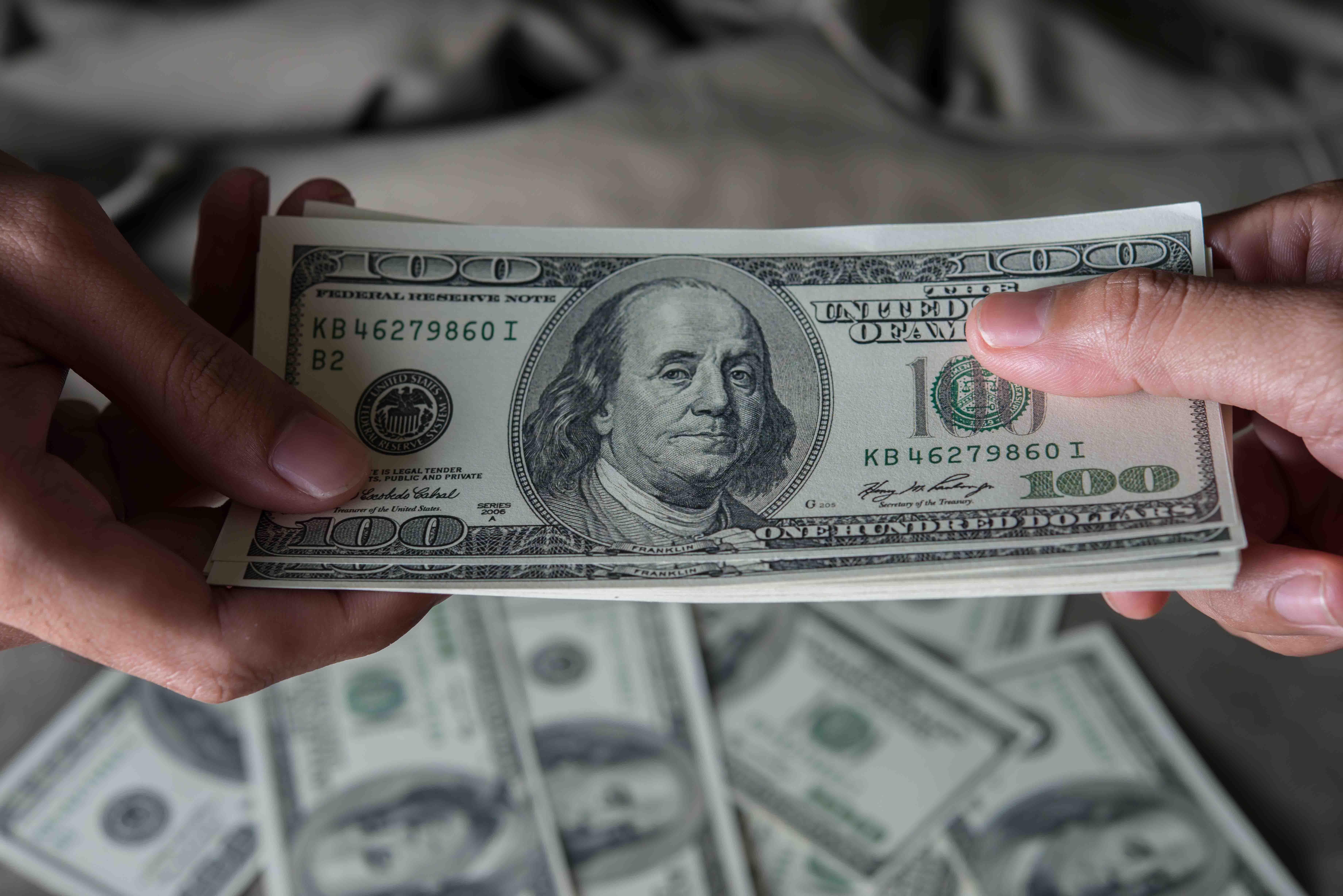 پرداخت به موقع هزینه